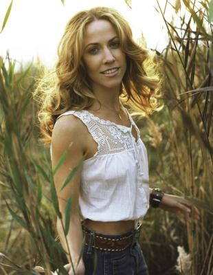 Sheryl Crow Feels Lucky With Quiet Life in Nashville Sheryl Crow Feels Lucky With Quiet Life in Nashville