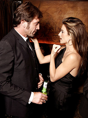 Penelope Cruz is rumoured to be getting married in December Penelope Cruz Rumored Showing Off Her Engagement Ring