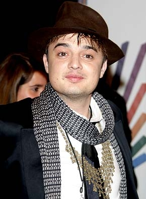 Pete Doherty arrested for smashing a car Pete Doherty arrested for smashing a car