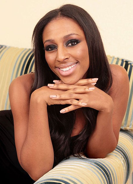 Alexandra Burke Will Be Home for Christmas Alexandra Burke Will Be Home for Christmas