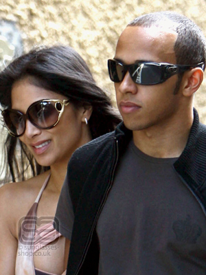 Nicole Scherzinger and Lewis Hamilton on the Verge of Breaking Up Nicole Scherzinger and Lewis Hamilton on the Verge of Breaking Up