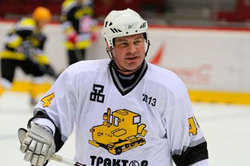 Hockey player Valeri Karpov died at the age of 43