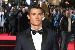 Ronaldo is Dating several girls