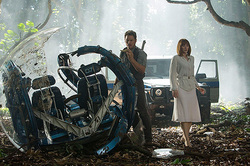 """Jurassic world"" has broken box office success"