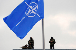 NATO provokes Moscow for an arms race