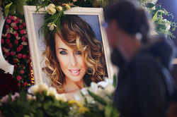 Zhanna Friske was buried near the house
