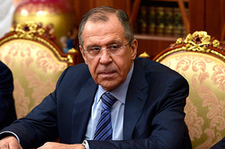 Lavrov: West may have something to pinch the iron curtain