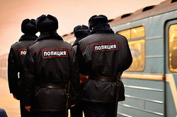 In the Moscow metro caught 4 people with traces of explosives