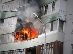 Doctors have saved children from burning apartment