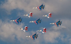 """Russian knights"" performed abroad on the su-30"