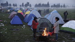 Greece decided to clean up the refugee camp on the border with Macedonia