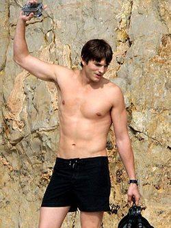 Ashton kutcher nude picture 14