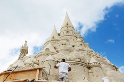 Miami has built the tallest sand castle