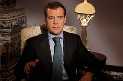 Medvedev urges Putin to extend the embargo