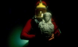 The diver found a sunken city of Heraklion