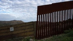 Companies refuse to build a wall on the border with Mexico