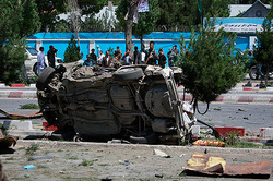 From the explosion in Kabul suffered 400 people