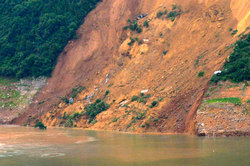At Sevastopol fell 40-ton landslide
