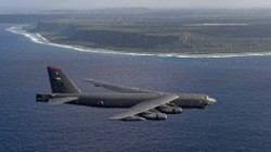 Russian plane intercepted a United States bomber B-52