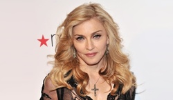 Madonna adopted twin girls from Malawi