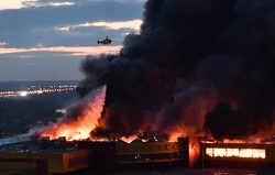 Sunday in Russia burned two large commercial facility