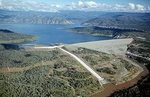 """The area of the dam """"Oroville"""" in California turned into a quarry"""